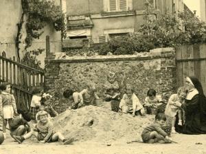 Il y a 80 ans, les Soeurs Oblates de Ste Thérèse...