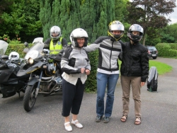 Les Soeurs en moto